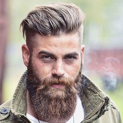 Undercut e barba lunga