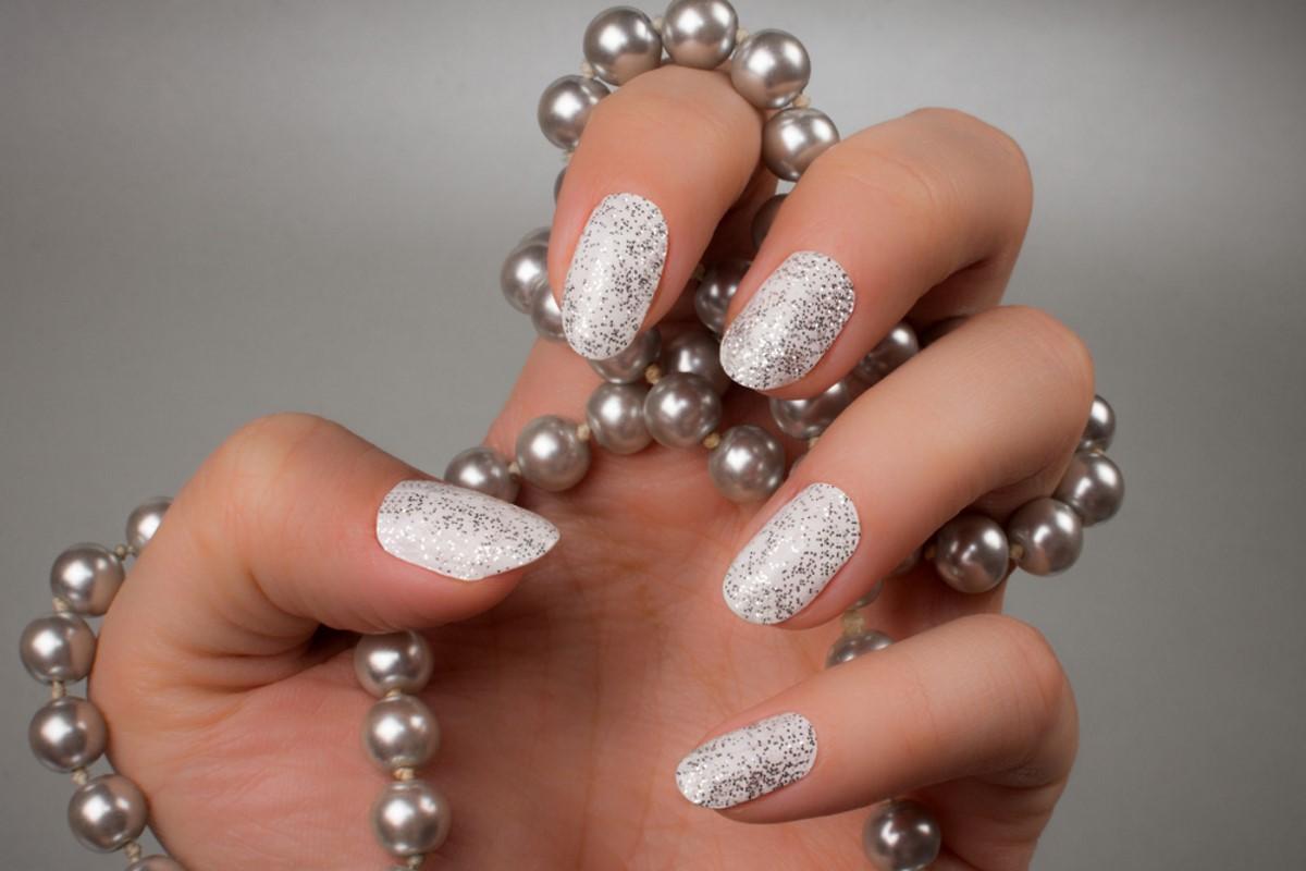 smalto unghie glitter