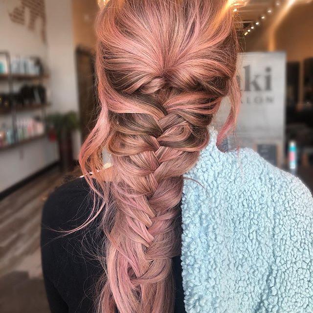 rosa lunghi treccia