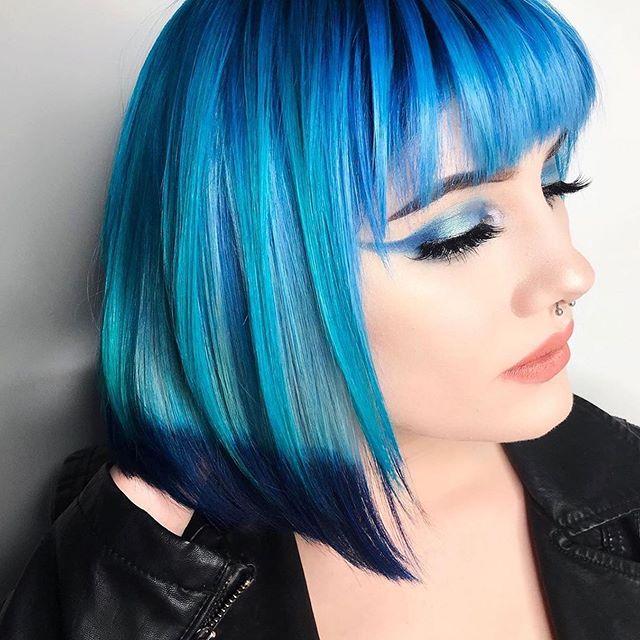 blu frangia medi lisci