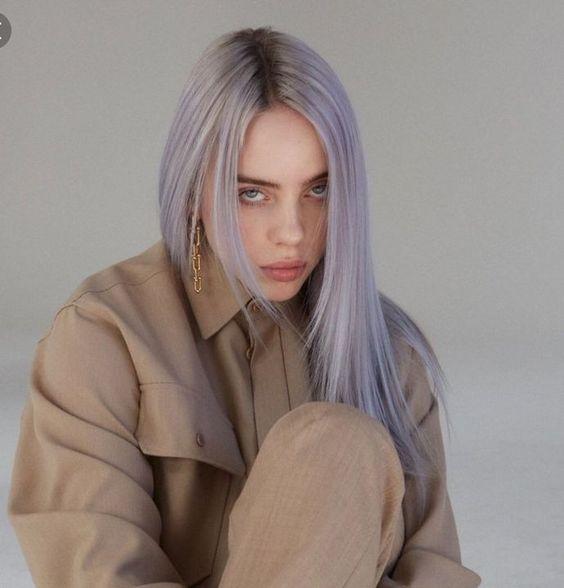 capelli lilla lisci lunghi