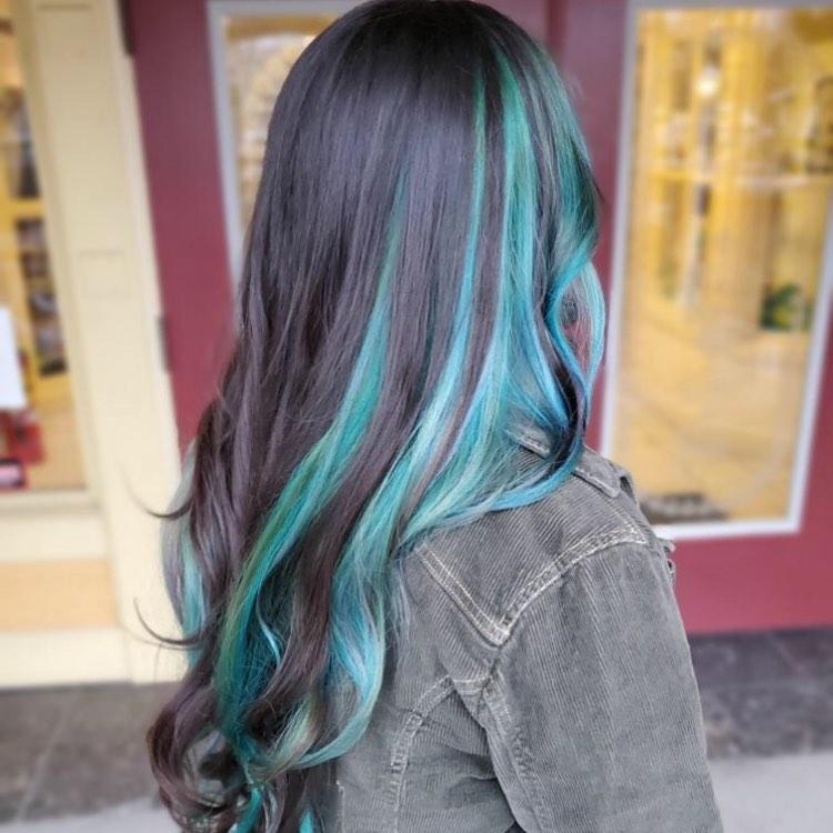 neri azzurri lunghi mossi