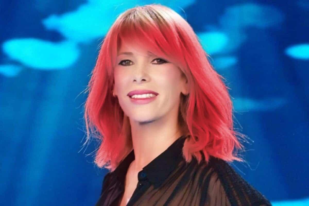 Alessia Marcuzzi rossa