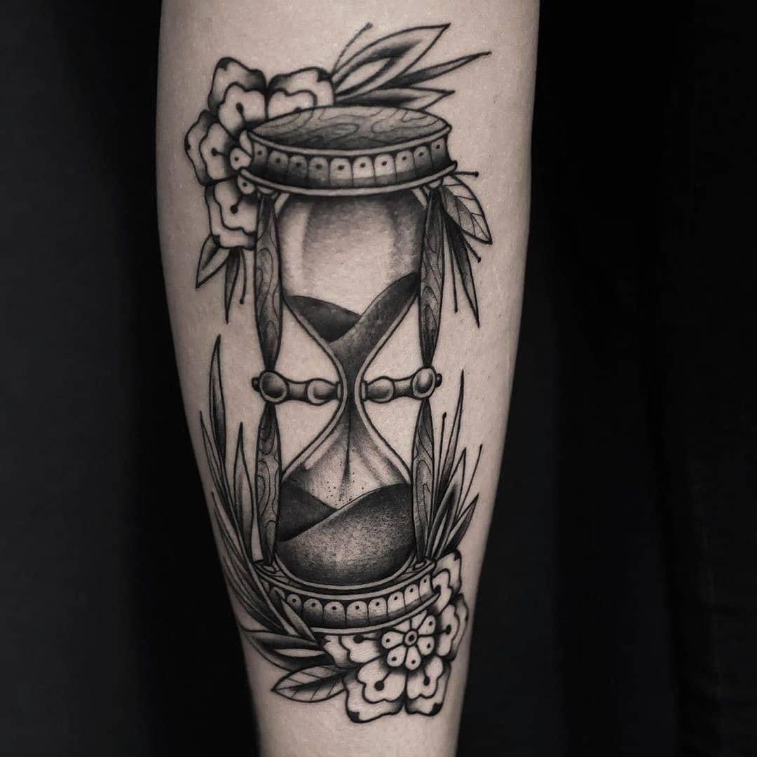 tatuaggio clessidra