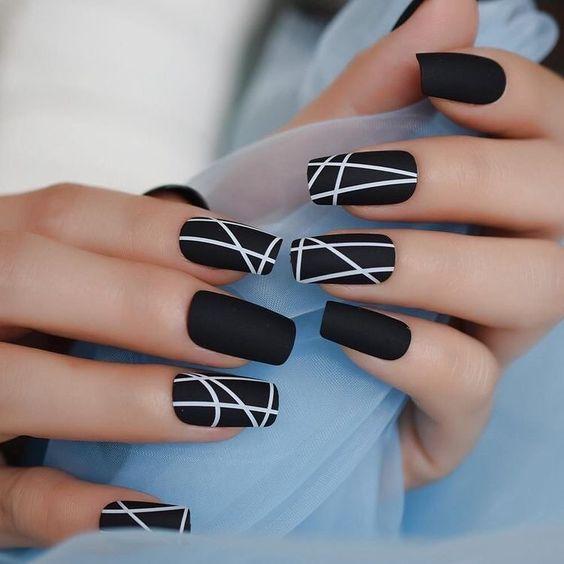 nail art scura
