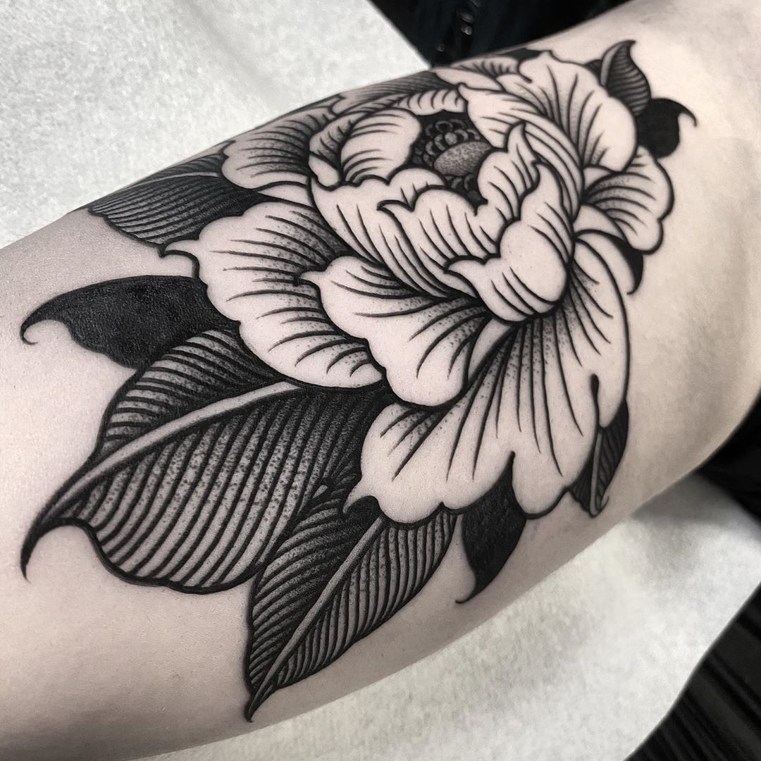 tatuaggio peonia