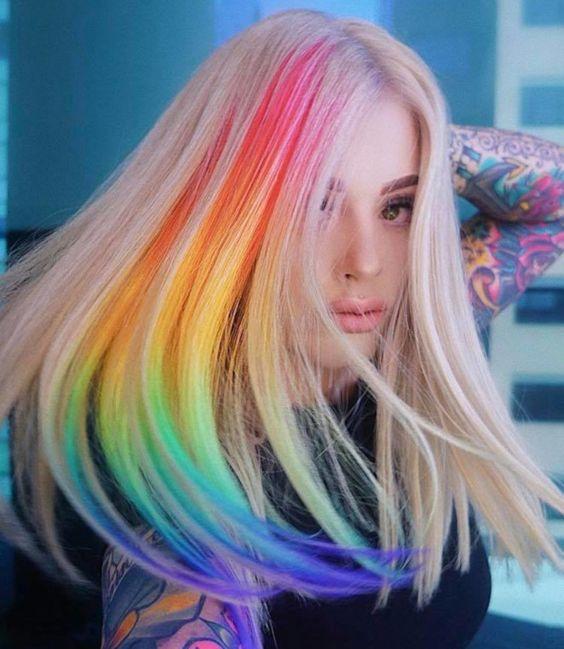 lunghi biondi arcobaleno lisci