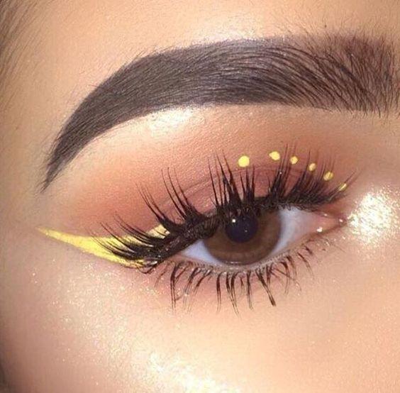 trucco-occhi-grigio-e-giallo